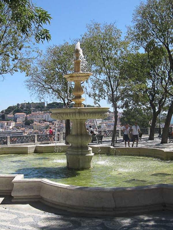 Lisboa Miradouro de São Pedro de Alcântara