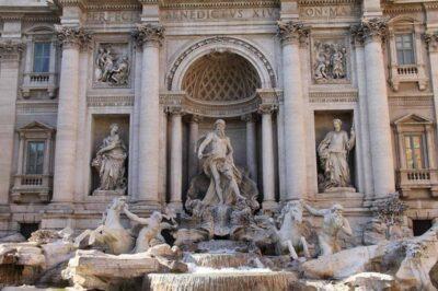 imagem de Roma Fontana di Trevi - SuoViaggio